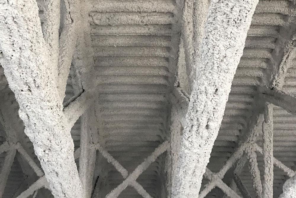 Produit à base de ciment